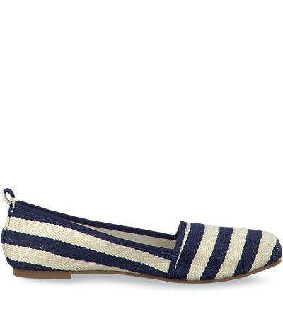 Slipper im Marine-Style von Tamaris